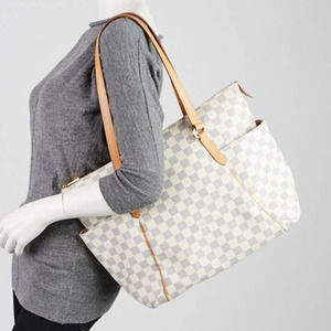 💎✨Authentic✨💎 LV Damier Azur Totally MM